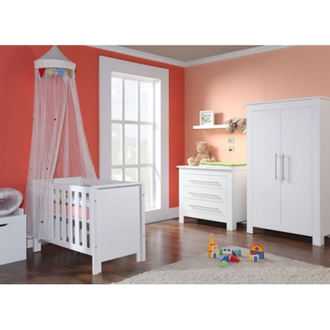 Image source: http://www.sweetbabycompany.co.uk/9-nursery-furniture-sets
